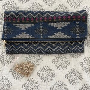 Aztec clutch with removal gold strap